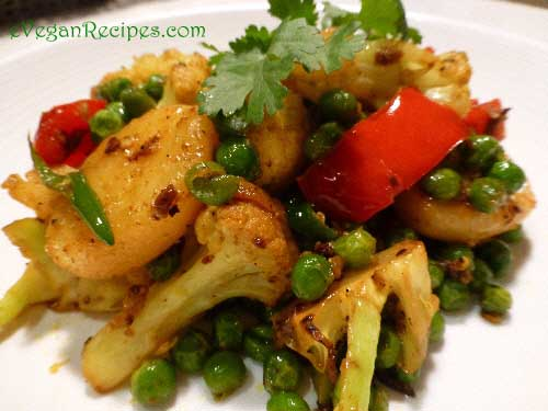 Spicy Cauliflower Potato and Peas