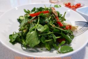 Watercress and walnut salad with raspberry vinaigrette
