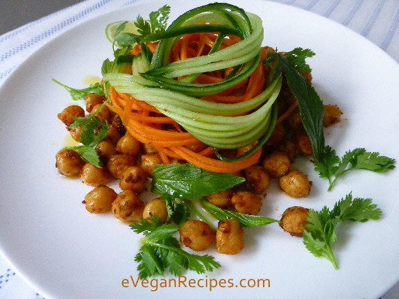 High Protein Salad – Chickpeas With Roasted Spices