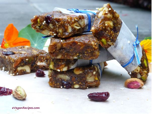 Pistachio Fig Energy Bars