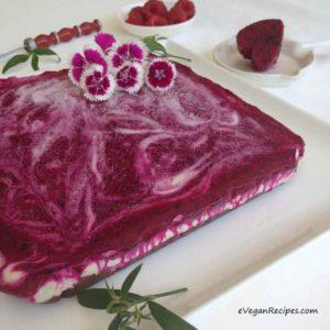 Dargon Fruit Berry Raw Cheesecake